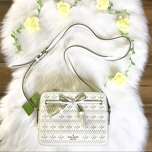 Kate spade camera Hayes white crossbody NWT